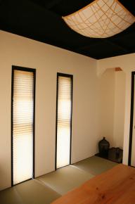和紙は自然で素朴な素材、柔らかく温かみのある雰囲気