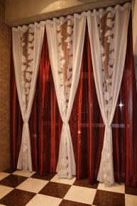 ペントハウスのカーテン