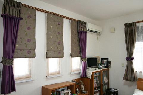 寝室のカーテンはエレガントで完全遮光を施しました