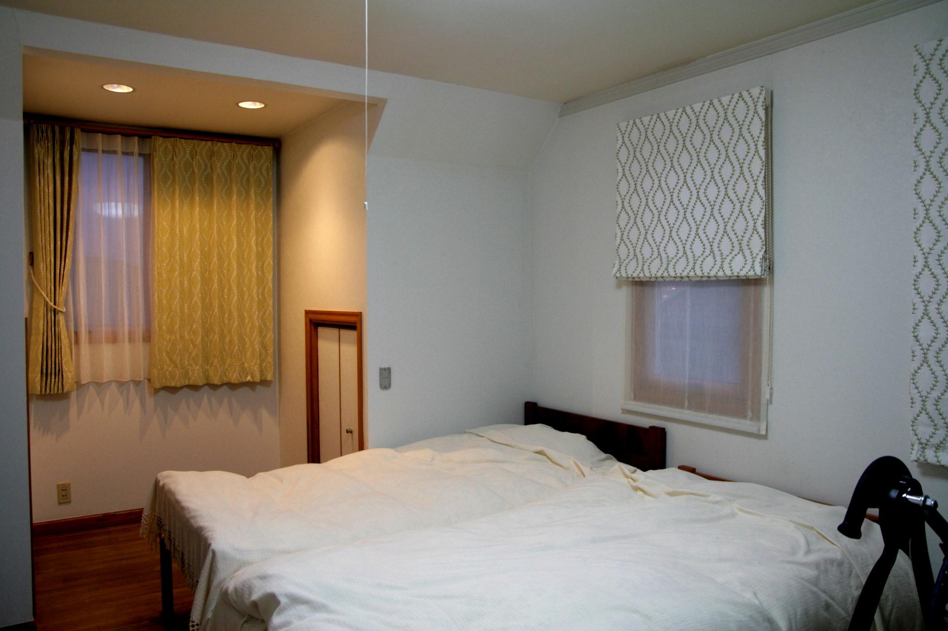 ゲストルームのカーテン