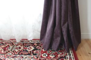 カーテンの裾ブレイク