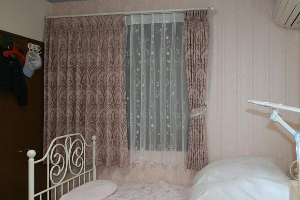 お部屋のカーテンとレース