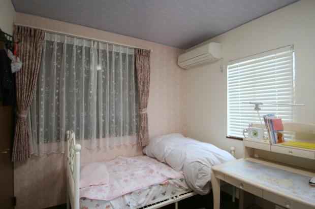 子ども部屋3へやのカーテン