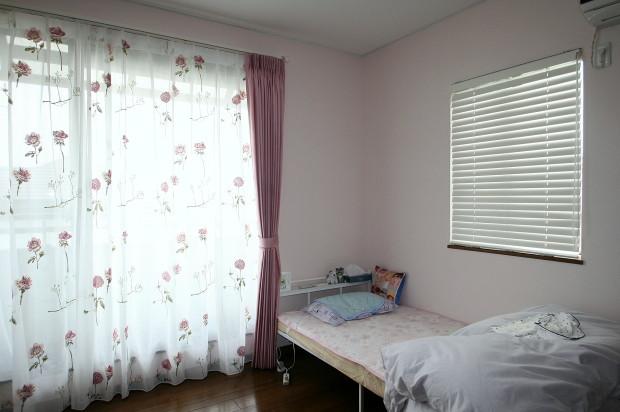 長女のカーテン