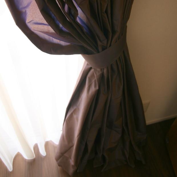 タフタカーテン