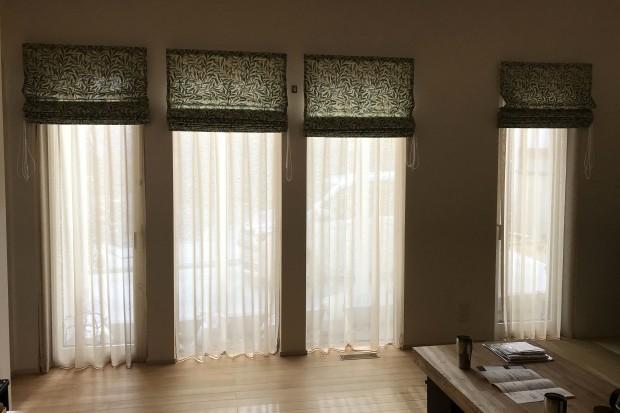 4連スリット窓シェード