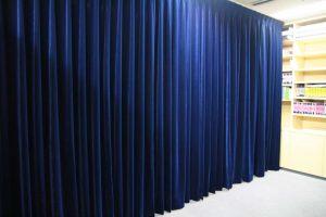 濃紺ベルベットカーテン
