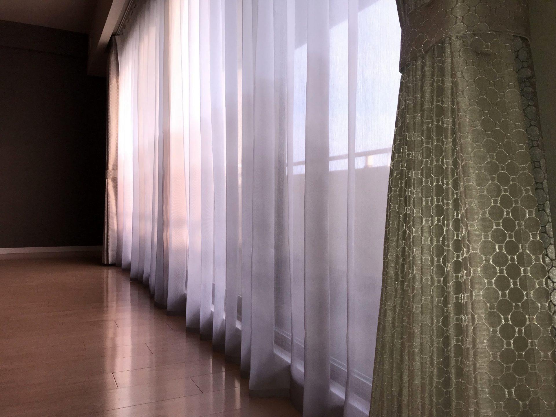 マンションのカーテン2