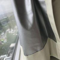遮光カーテンのミシン穴からの光漏れ