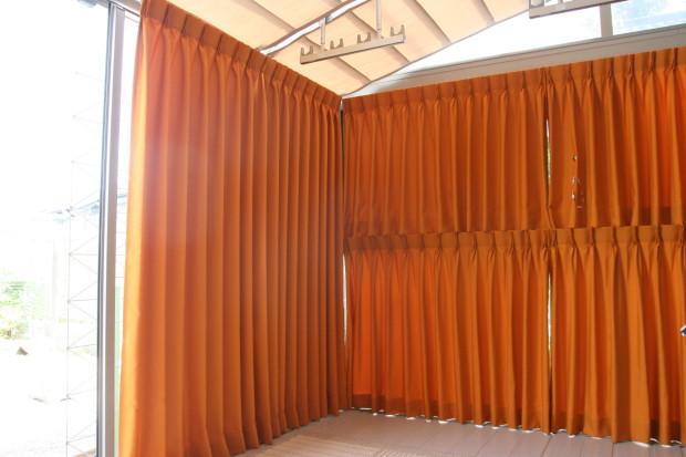 サンルームに遮熱カーテン