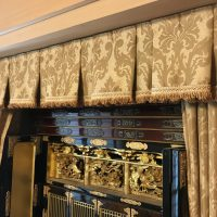 お仏壇のカーテン