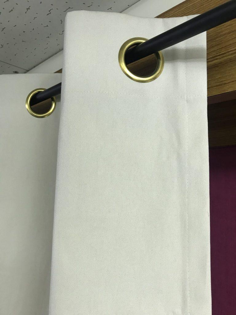 11号帆布ハトメカーテン