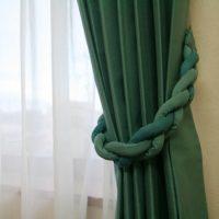 三つ編みタッセルと綿混カーテン