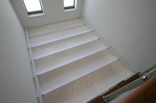 2階から望む吹き抜け天幕カーテン