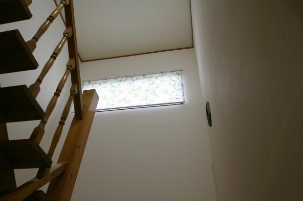 階段廻りの壁紙