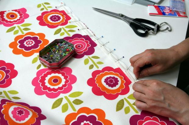 小物は、店内ミシンで縫製