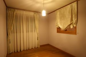個室のカーテン