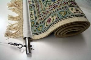 手織り絨毯の吊り元取り付け&吊りハンガー
